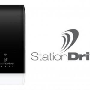 ピクセラ、モバイルバッテリーとしても使えるAndroid/iOS端末向けポータブル無線LANストレージ『StationDrive』を発表、2013年1月中旬発売