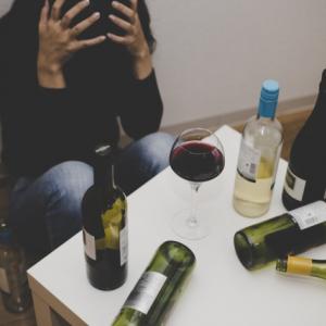 あなたは大丈夫?「酒におぼれる人」のヤバすぎる考え方タイプ4つ!