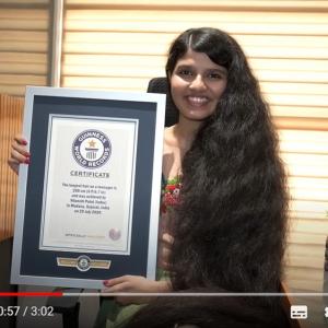 「最も長い髪の毛を持つティーンエイジャー」のギネス世界記録保持者が記録を更新 「歴代で最も長い髪の毛を持つティーンエイジャー」となる