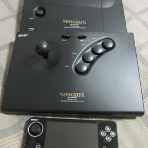 【ソルのゲー評】懐古ゲームファン号泣の『NEOGEO X』が届いた! 豪華セット限定生産で1万9900円