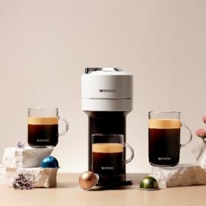 ネスプレッソ、おうち時間の豊かなコーヒーの楽しみ方を提案するオンラインイベント開催!モデルの滝沢眞規子さんら各分野のカリスマが登場