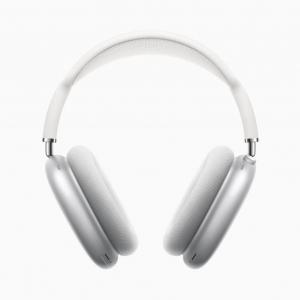 AirPods Maxに一言モノ申す人が続出 「AirPods MaxとPS5ならどっち?」「この値段なら神の声が聞こえなきゃ」