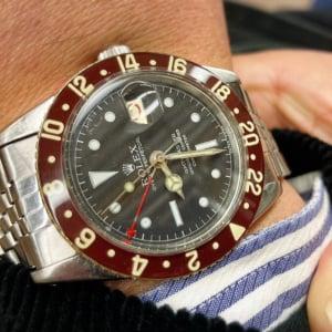 オトナの時計投資:ドレスウォッチに変身可能!「GMTマスター」のディープな世代遷移