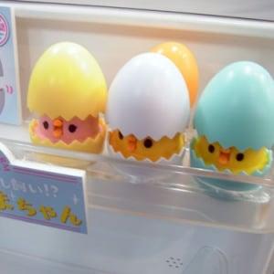 【トイフォーラム2013】冷蔵庫を開けると楽しくおしゃべりする卵『ひえたまちゃん』