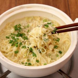 インスタントラーメンで鍋を作る方法とは? 年末年始に最高すぎるレシピ「〆が天才鍋」がネットで反響