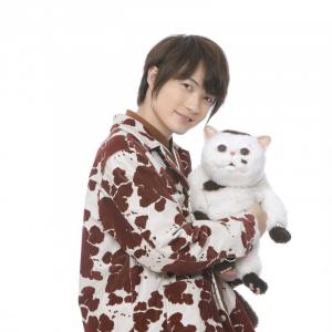 実写ドラマ『おじさまと猫』ふくまる役・神木隆之介のにゃん語必聴!「僕も甘い声を出しているはずなんで(笑)」