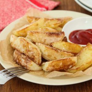 揚げずに美味しい「フライドポテト」を作る方法とは? 「大さじ3の油で簡単!」「絶対に美味しいやつだぁぁぁ」