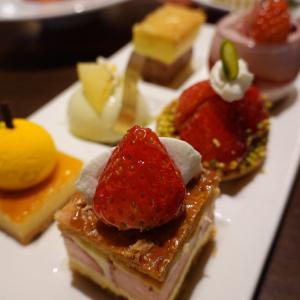 「シェラトン・グランデ・トーキョーベイ・ホテル」の金曜日限定スイーツブッフェに行ってみた! 今月のテーマは真っ赤なイチゴ