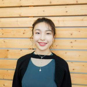 「いま夢を持てない人に観てほしい」女優・芋生悠が、映画『ある用務員』のヒロイン役を通じて届けたい想いとは?