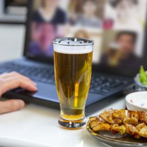 おうちでビールをとことん楽しめる!プチ贅沢なビールセット&サービス3選