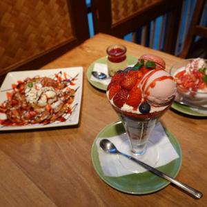 自家製苺ジャムの特製プリンが美味!イクスピアリのモンスーンカフェで心華やぐ苺スイーツを堪能してきた