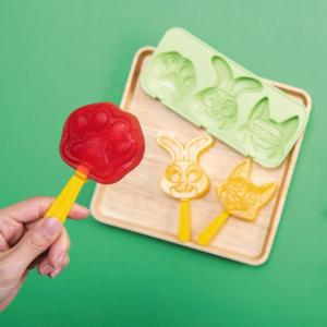 肉球アイスキャンディーも作れちゃう!『ズートピア』ジュディ&ニックになりきれる新グッズがTDRで発売
