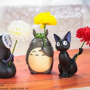 トトロ・ジジ・カオナシがお花を差し出してくれる!「ちび輪挿し」が可愛すぎて癒やされちゃう