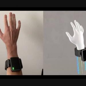 Facebook Reality Labsが筋電位による入力と触覚フィードバックを備えたARインタフェース用リストバンドを開発中