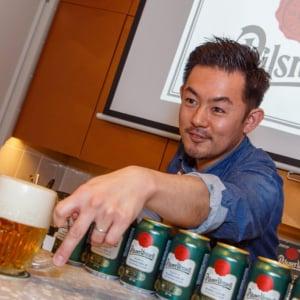 待望の缶だ! チェコのビール「ピルスナーウルケル」の缶タイプが4月6日よりエリア限定登場