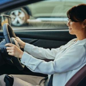 9割以上のドライバーが運転中のヒヤリを経験 「安全なクルマ」選びに必要な4つのポイントとは