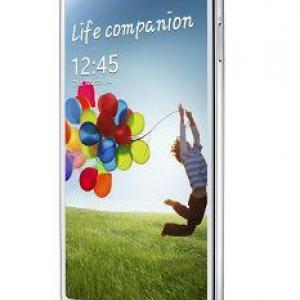 Samsung、Galaxy S 4の一部機能をGalaxy S IIIに提供予定