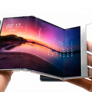 Samsung Displayが三つ折り有機ELディスプレイ「S-Foldable」を発表