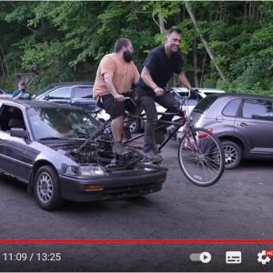 タンデム自転車が動力源の人力シビック 「今年いちばん笑ったかも」「みんな大喜びしてるね」