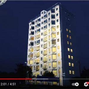 およそ29時間で完成した中国の10階建プレハブマンション 「怖くて住めない」「レゴみたい」