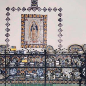 【メキシコ焼き物旅】シックなデザインが魅力。プエブラのタラベラ焼きガイド