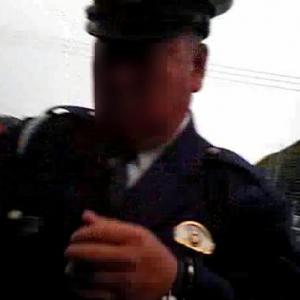 職務質問中にカメラで撮影された警察官がヤクザのように怒鳴る 警察官には肖像権がないのか?