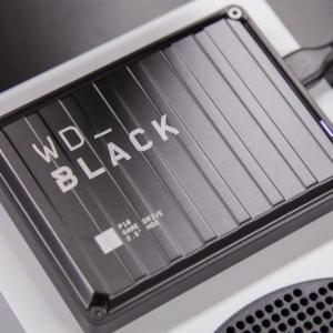 コンパクトで持ち運び便利!ゲーミングHDD「WD_BLACK P10 Game Drive」を開封!