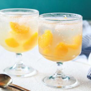 夏のおやつに最高のレシピ「みかんゼリーで作るレモネード」がネットで反響「ふるふる食感が絶妙」