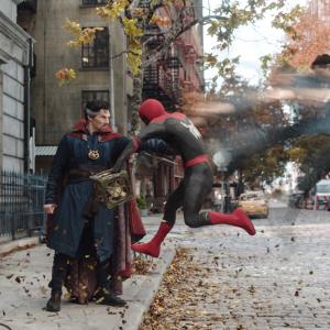 『スパイダーマン:ノー・ウェイ・ホーム』予告編が初公開! ストレンジ先生に力を借りに行くピーター