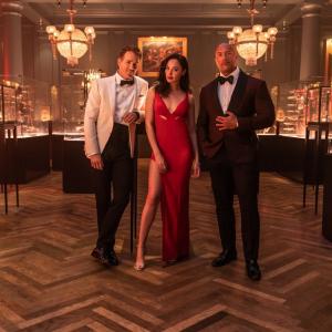 Netflixが11月12日に配信を予定している『レッド・ノーティス』の米国版ティザー予告が公開