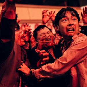 政治家たちがゾンビになって地獄絵図! 台湾発のアクション満載ホラーコメディ『ゾンビ・プレジデント』予告編[ホラー通信]