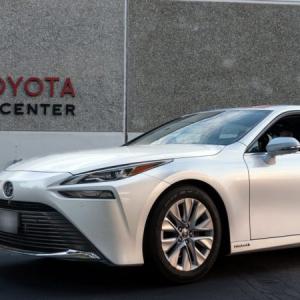 トヨタの燃料電池自動車MIRAIが、燃料補給なしで1360キロを走行しギネス世界記録認定!