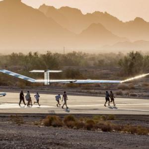 エアバスのソーラー無人航空機「Zephyr S」が、高度約2万3200メートルを飛行し世界記録樹立!