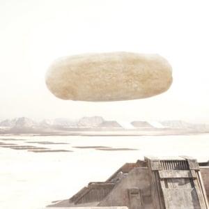 """ドゥニ・ヴィルヌーヴと""""おせんべい""""再び 『DUNE/デューン 砂の惑星』と「ハッピーターン」のコラボビジュアルが登場!"""