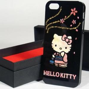 漆と螺鈿! 二万円を超えるハローキティのiPhoneケース