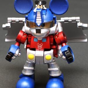 ミッキーがトランスフォーム?『トランスフォーマー ディズニーレーベル ミッキーマウストレーラー』好評再販!