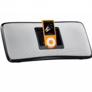 ロジクール、コンパクトでパワフルな新デザインの『iPod』用スピーカー2機種発売