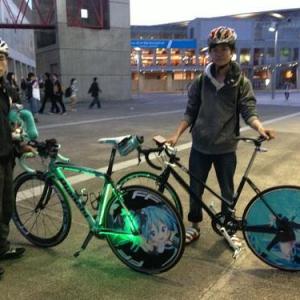 【超会議2】ニコニコ超会議2の終了後にみた初音ミク自転車を発見! 「ママチャリを改造しました」