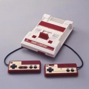 「ファミコンの赤と白色は安価だから」というのはガセネタだった 真実は……