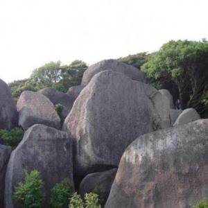 【プリミティブアートなパワースポット】高知の唐人駄場遺跡でキャンプをしてみた