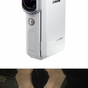 【ソルデジ】スマホサイズのソニーの完全防水ビデオカメラ『HDR GW66V』 水中撮影検証の儀!(動画)