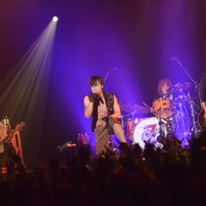 """CDデビュー7周年の加藤和樹が七夕の夜に3時間の全力ライブ! 『Kazuki Kato 7th Anniversary Live """"GIG""""2013~My Relation~』レポート"""