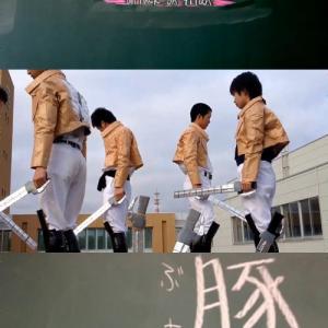 可愛い高校生が『進撃の巨人』を再現! CG一切なしのアナログ作品に「センスやばいな(*゚∀゚*)」