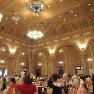 大正建築のホールにゴシック&ロリータアイテムがたくさん!大阪の創作ブランド即売会『Romantic A La Mode』に行ってきた