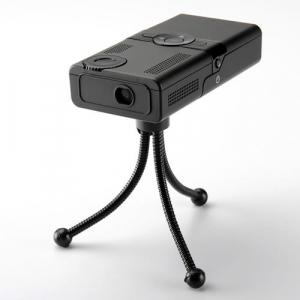 電池駆動のポケットサイズプロジェクター『モバイルプロジェクター 400-PRJ002』