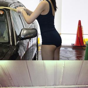 【アキバックス】アキバで夏限定で行われる『スク水洗車』 スクール水着の女の子が車を洗車してくれる!