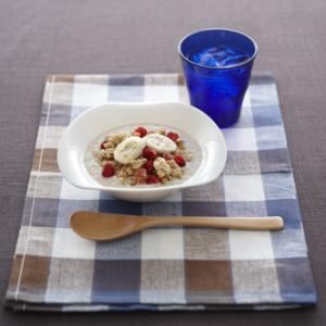 【あさごはん】贅沢スタイル「マイグラノーラ」が発売! 乾燥フルーツがフレッシュフルーツに変身