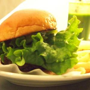 スタンプカードが全てスマホに!? 小松菜&わさび入りでヘルシーな『the 3rd Burger』の新メニュー