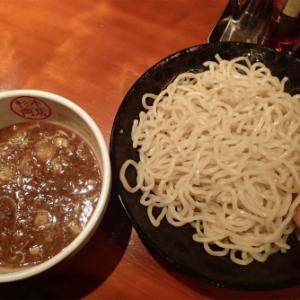 新宿ランチ:つるつるぷりぷりつけ麺堪能ーー杉本商店 (味:★3 雰囲気:★4)