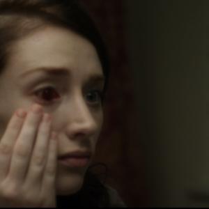 体調が悪い……病気かしら? いいえゾンビになってました 1月18日公開『スリーデイズ・ボディ-彼女がゾンビになるまでの3日間-』